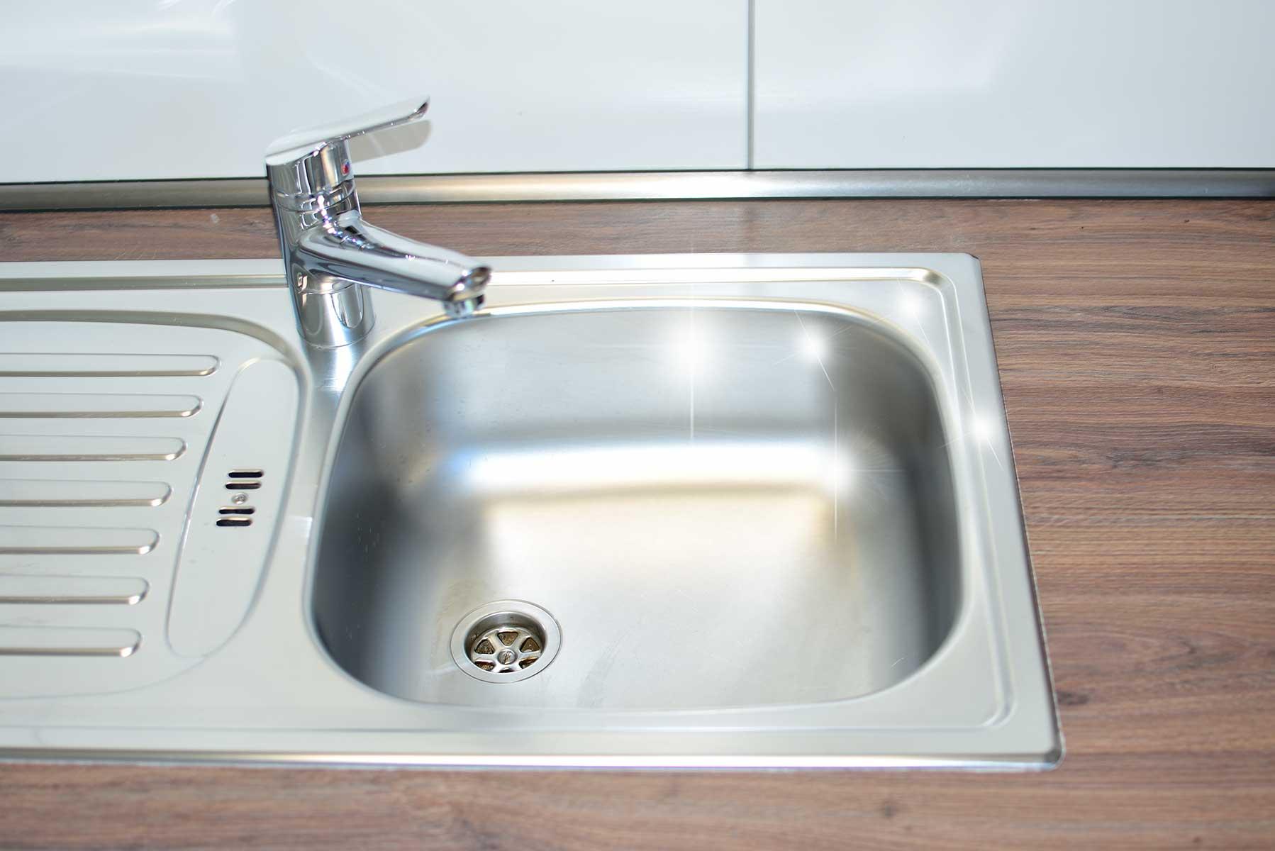In nur 5 Schritten zur sauberen, glänzenden Spüle   PS Hygiene ...